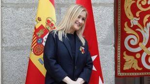 Cifuentes cree que es compatible presidir la gestora y lanzarse a la carrera por el PP de Madrid