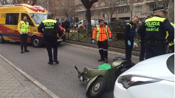 Herido grave un motorista tras chocar con un taxi