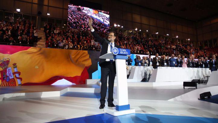 Un reelegido Rajoy despide el cónclave con ataques al soberanismo catalán