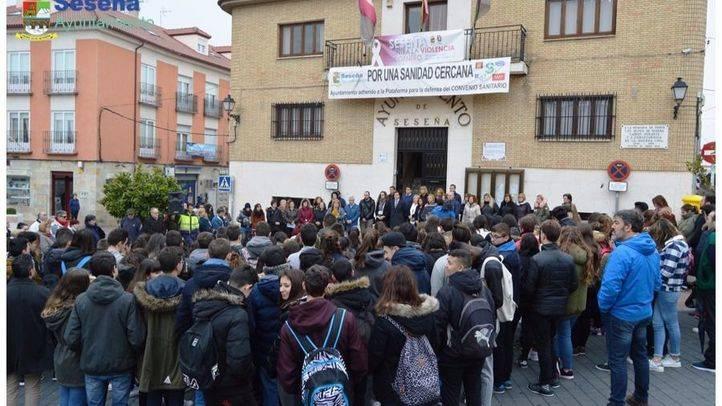 Concentración en Seseña contra la violencia machista por el asesinato de Laura
