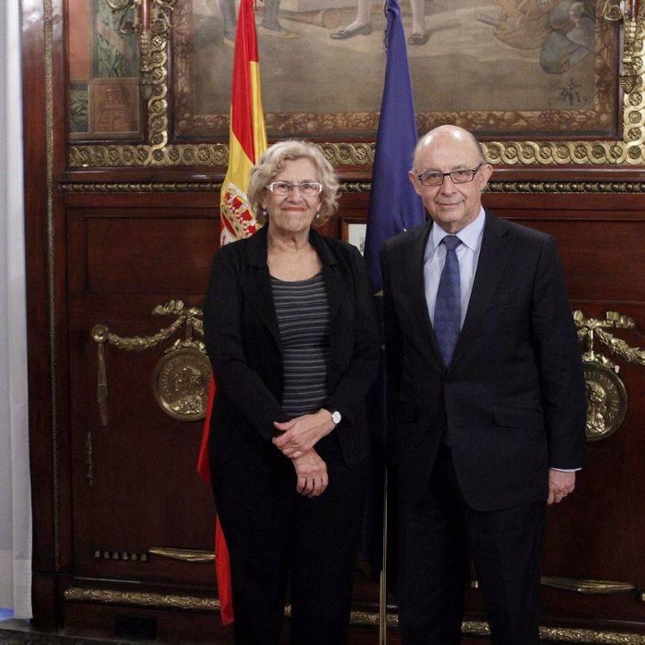 Carmena prevé una reunión de trabajo de alcaldes con vistas a cambiar la 'Ley Montoro'