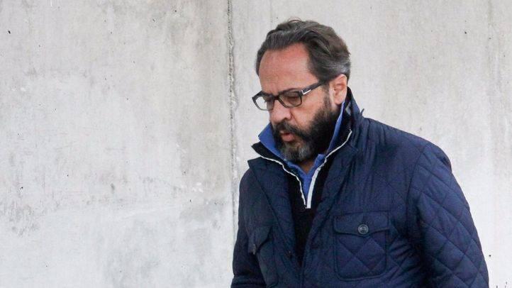 Álvaro Pérez 'el Bigotes' entrando a la Audiencia Nacional.