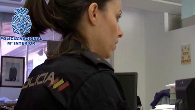 La Policía atrapa a un hombre por el saqueo de tres farmacias