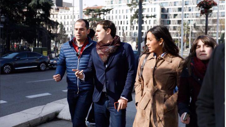 Ignacio Aguado, Albert Rivera y Begoña Villacís en un acto de apoyo al preso venzolano Leopoldo López este sábado