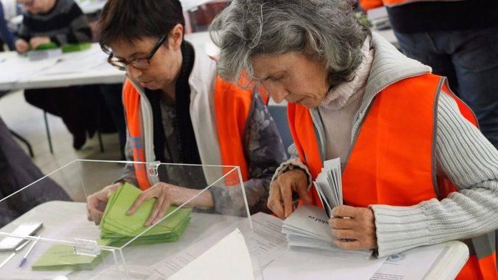 Arranca el escrutinio de los votos emitidos para la 'gran consulta ciudadana'