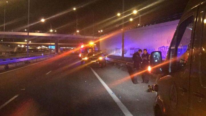 Muere un joven arrollado por un camión en la M-45