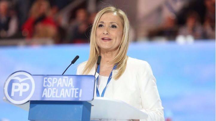 Cristina Cifuentes ejerce como anfitriona del Congreso del PP