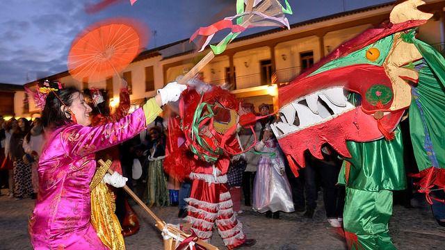 Disfraces y chirigotas para celebrar el Carnaval