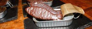 Torrijas en Semana Santa, rosquillas en San Isidro... Y en Carnaval, sardinas de chocolate