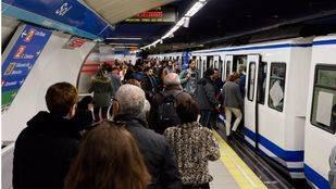 Estación de Metro de Sol durante la jornada de paros parciales convocada