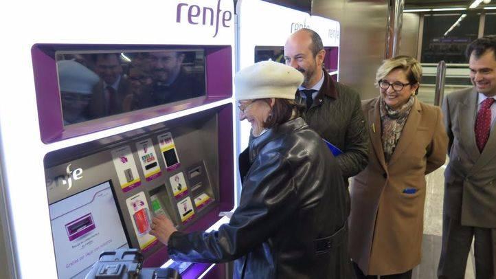 Ya se pueden abonar los billetes de Cercanías desde el móvil