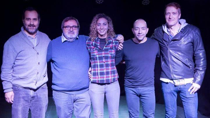 Equipo artístico que inaugura La Encina teatro