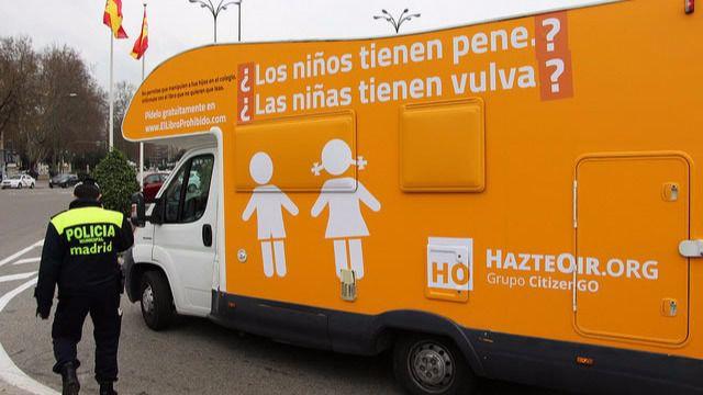Hazte Oír denunciará este lunes a Manuela Carmena por el