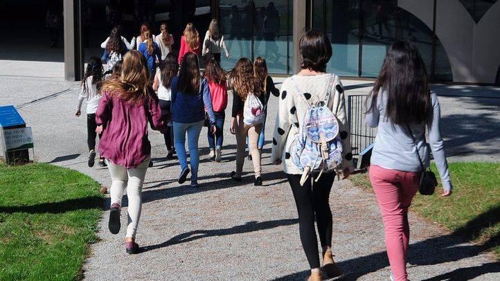 Un grupo de adolescentes