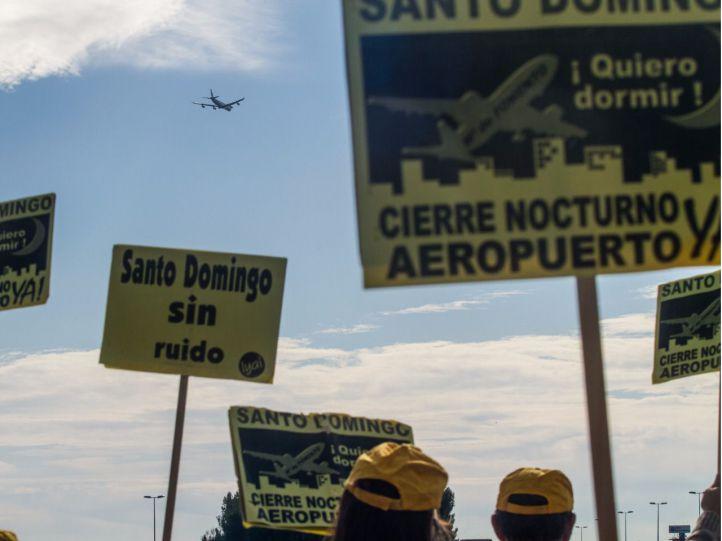 Aplazada la deliberación de los sobrevuelos de Barajas por la urbanización Santo Domingo