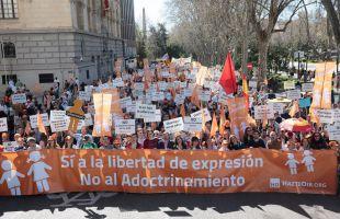 La marcha ha partido de Neptuno hasta Cibeles, sede del Ayuntamiento de Madrid