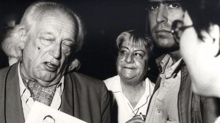 Encuentro entre poetas y profesores en el Ateneo de Madrid