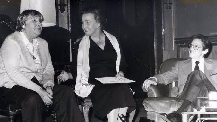 El Ateneo celebra los 100 años del nacimiento de Gloria Fuertes con un encuentro entre poetas y profesores