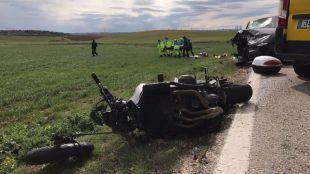 Foto del suceso donde el motorista ha terminado herido de gravedad en Cobeña.