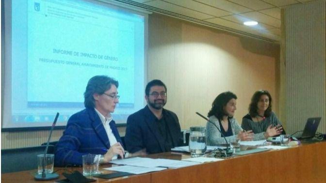 Marta Higueras y Carlos Sánchez Mato presentan el primer informe de impacto de género en las cuentas municipales