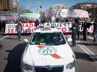 Manifestación de taxistas convocada por todas las asociaciones profesionales del sector contra las APP móviles como Uber o Cabify.