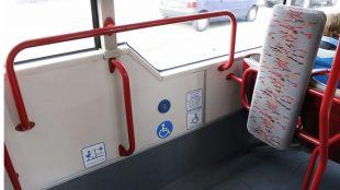 Los usuarios de sillas de ruedas defienden compartir las plataformas de los interurbanos con los carros