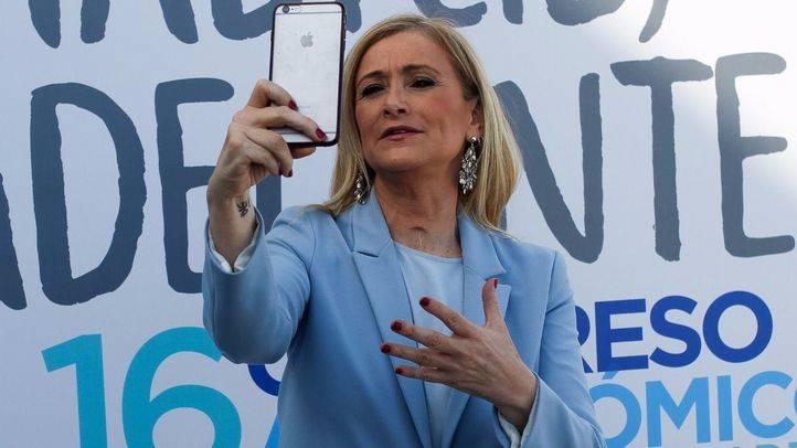 Cristina Cifuentes antes de comenzar el Congreso.