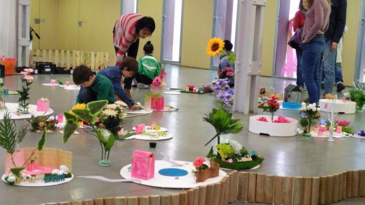 Archipiélagos: taller de jardines efímeros para niños donde los más pequeños podrán crear su propio jardín en miniatura, que se conectará con el del resto de participantes formando un gran jardín colectivo, un archipiélago de color diverso, único e irrepetible.
