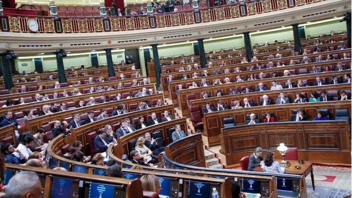 Doble ofensiva contra la 'Ley Mordaza': el Congreso empieza a tramitar a la vez su derogación y su modificación
