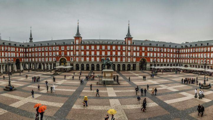 De ruta por la Plaza Mayor con motivo de su IV Centenario
