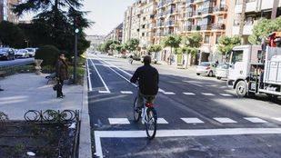 Carril bici en la calle Toledo