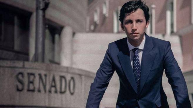 El juez procesa al 'pequeño Nicolás' y a cinco policías por un delito de estafa