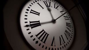 Los relojes recuperan este domingo el horario de verano