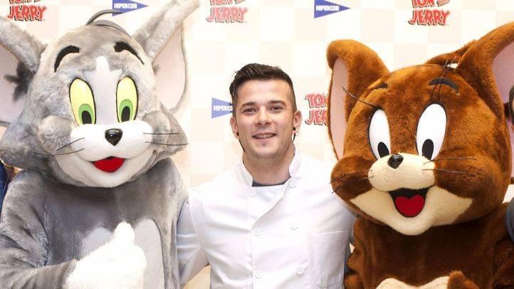 El chef Carlos Maldonado pide ayuda a Tom y Jerry para enseñar hábitos saludables a los niños