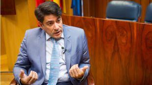 David Pérez recibe otro correctivo de la oposición, que mira a Murcia