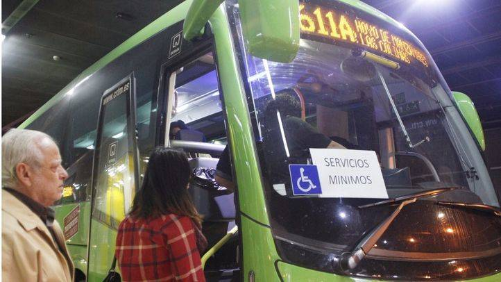 Huelga de autobuses Larrea