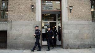 Los Stuyck se enfrentan a una multa semanal si no abandonan la Real Fábrica de Tapices