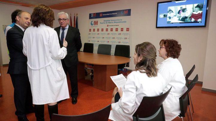 Jesús Sánchez Martos visita la nueva Unidad de Atención al Paciente Institucionalizado (UAPI) del Hospital Puerta de Hierro Majadahonda