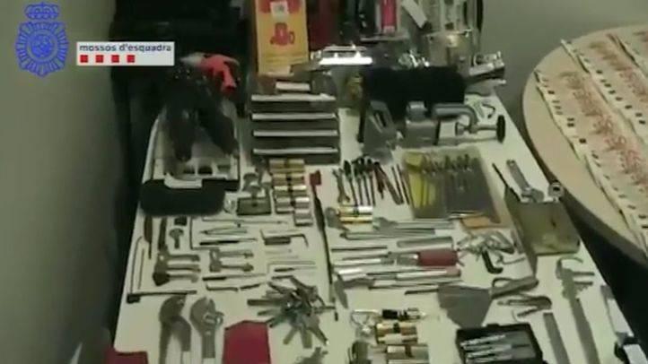 Cae una banda que se desplazaba en transporte público para robar en pisos