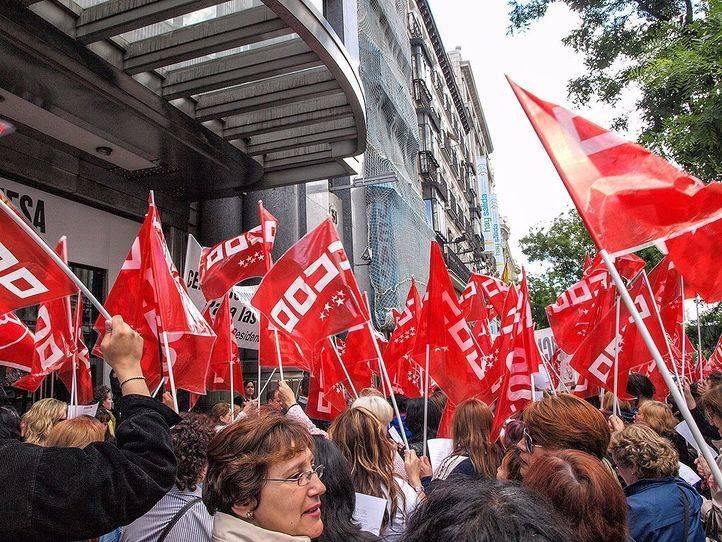 Banderas de CCOO Madrid, en una foto de archivo.