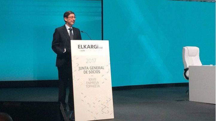 José Ignacio Goirigolzarri,presidente de Bankia, durante su intervención en el XXVIII Encuentro Empresarial Elkargi, en San Sebastián.