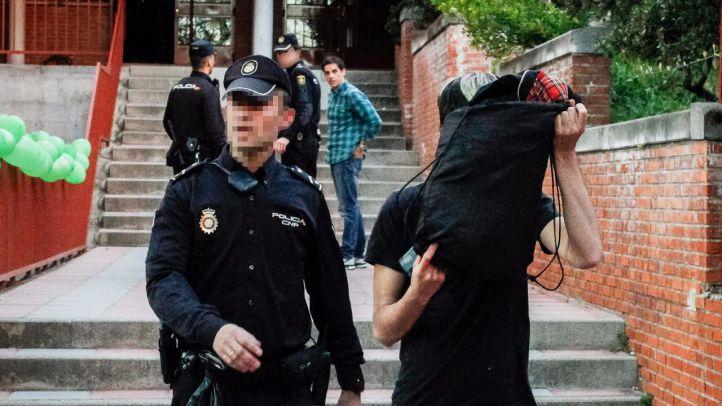 Detenido por la policía en el encierro del IES Pérez Galdós