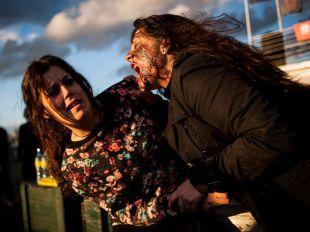 Batir un récord Guinness en mitad de un apocalipsis zombie