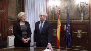 Madrid da el primer paso para bloquear los 238 millones requeridos por Hacienda