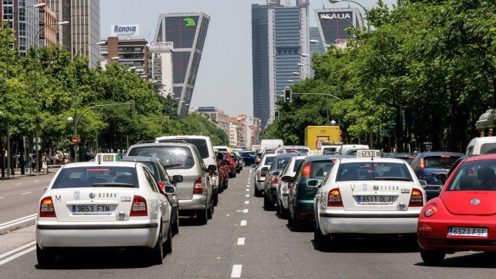 Taxis en el paseo de la Castellana.