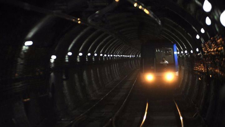 Un vagón de Metro circuló este domingo sin conductor