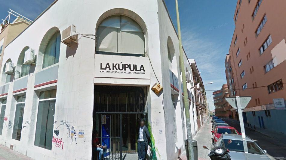 La Seguridad Social denuncia que La Kúpula ocupa ilegalmente un edificio suyo