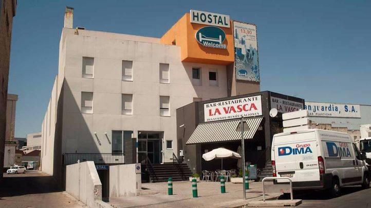 Inmigrantes en situación irregular protestan en el Hostal Welcome por unas mejores condiciones