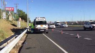 Herido grave un motorista tras chocar con un coche en la M-40