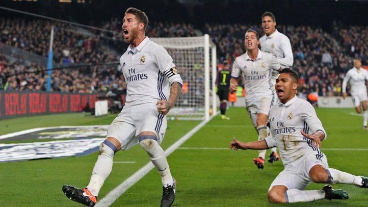 Sergio Ramos celebra su gol ante el Barça en el partido que les enfrentó en diciembre.